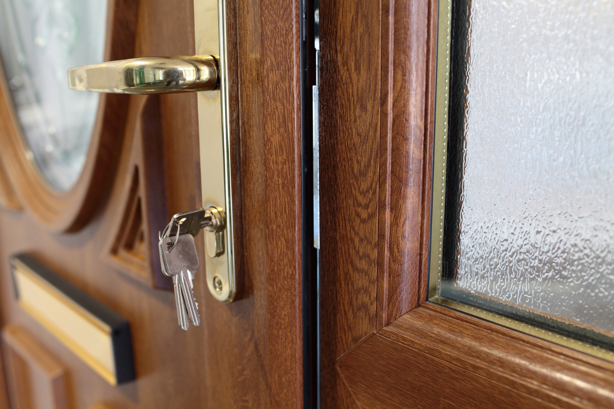 Front door companies in neston for Entry door companies